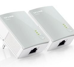 TL-PA411KIT-TP-Link TL-PA411 KIT AV600 Nano Powerline Adapter Starter Kit HomePlug AV 1x100Mbps LAN 300m Range Miniature Design Plug  Play